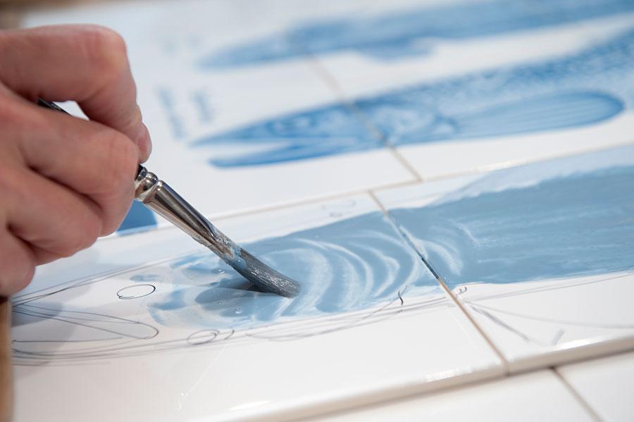 ber meine arbeit so entstehen meine handbemalten fliesen werkstatt f r fliesenmalerei. Black Bedroom Furniture Sets. Home Design Ideas